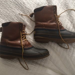 63b78c5136f Brooks Brothers Shoes - Brooks Brothers Fur Lined Duck Boots